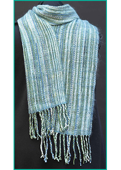 WV 20191121 20191231__Early Spring__Scarf with Green Ribbon on Flip Loom_DSC_0054.png