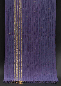 purple shawl with gold_dsc3247.png